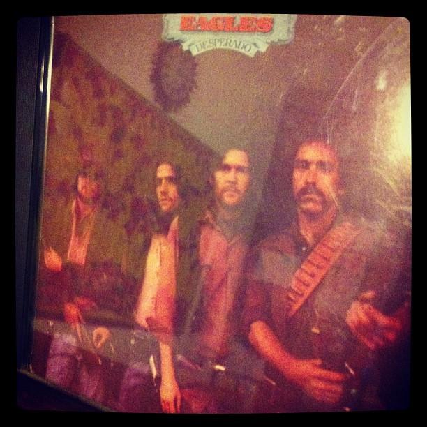 La risposta giusta non è 42 è l'unico grande disco degli Eagles (quelli originali dell'inizio)