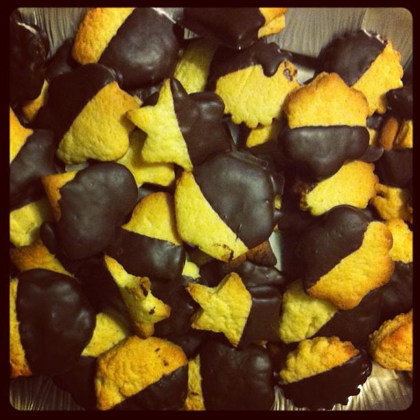 Le donne di casa hanno fatto i biscotti