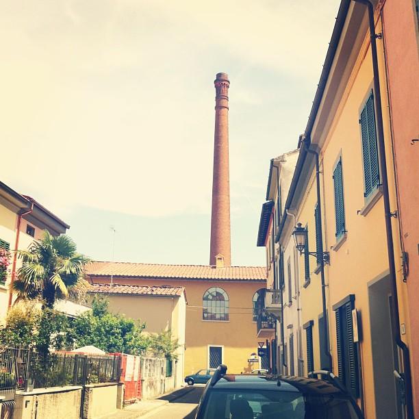 La ciminiera della biblioteca comunale di #Prato