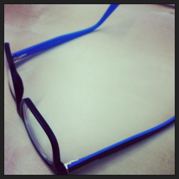 No scusa, compri gli occhiali nuovi e dopo due mesi ti accorgi che sono nerazzurri #maremmamaiala #soliloquio