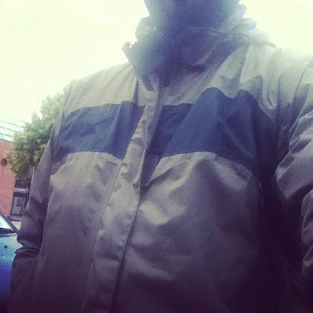 Mammalucco con giubbotto e freddo